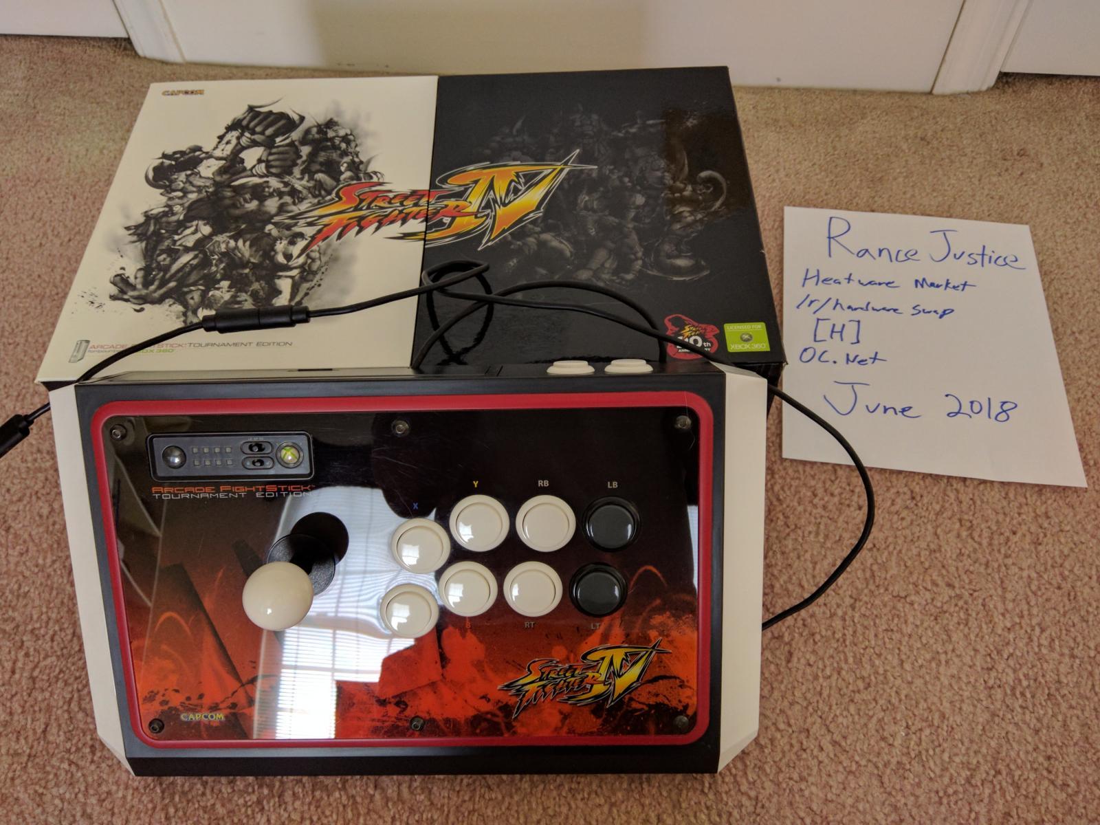 Photo of MadCatz Arcade FightStick Tournament Edition (TE)  -  PC + X360