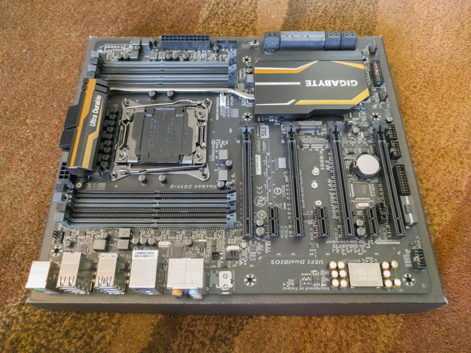 Photo of Gigabyte GA-X99-UD4P - X99, LGA2011-3, E-ATX