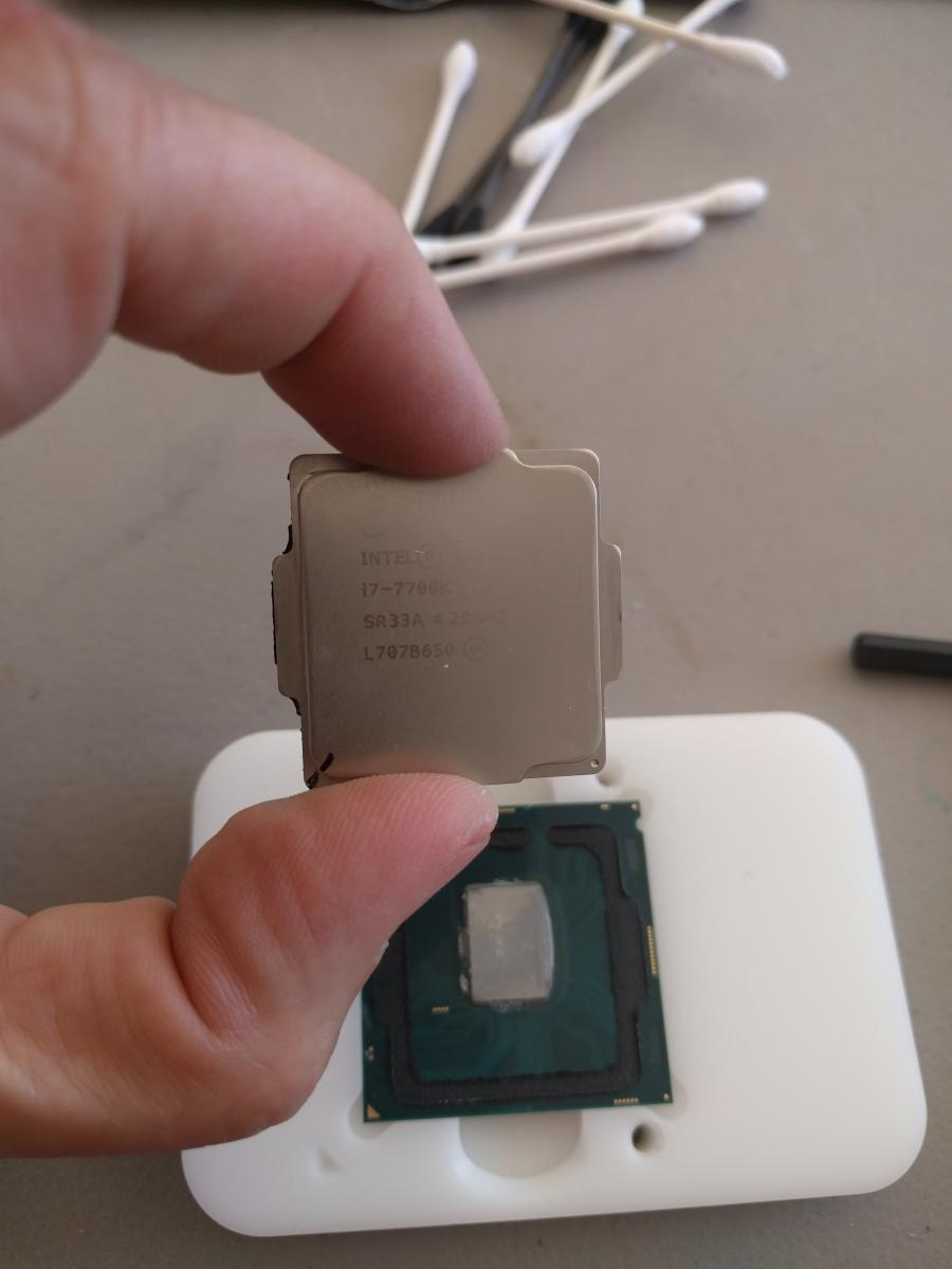 Photo of Core i7 7700K, Gigabyte Designare Z270X and 16gb Corsair LPX 3200-1 week old