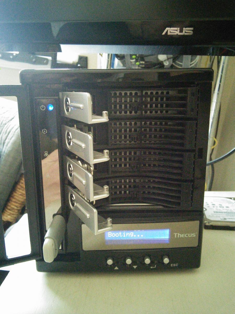 Photo of Thecus N4100Pro NAS diskless