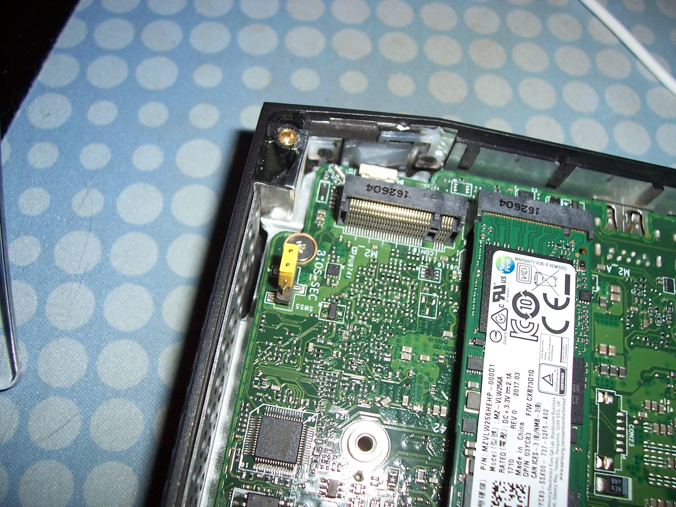 Intel Skull Canyon Nuc Nuc6i7kyk  16gb Ram  256gb Pm961