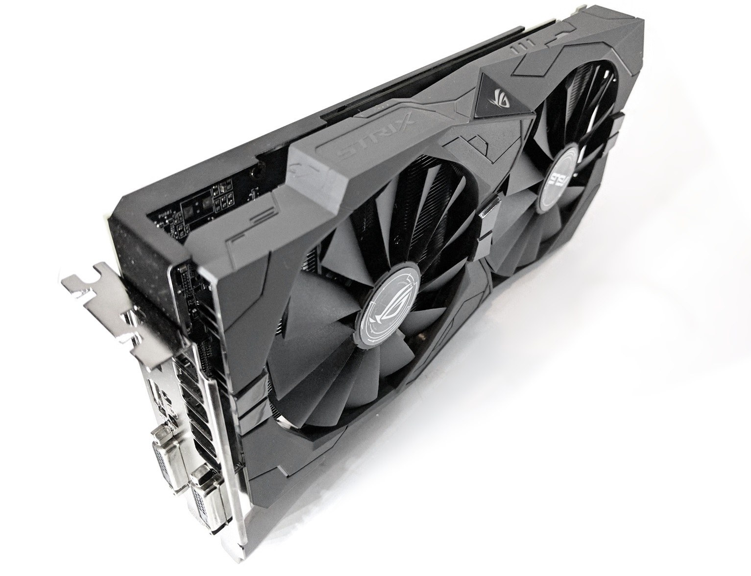 Asus Radeon RX 570 4GB Strix GPU with RGB  Used-great  For
