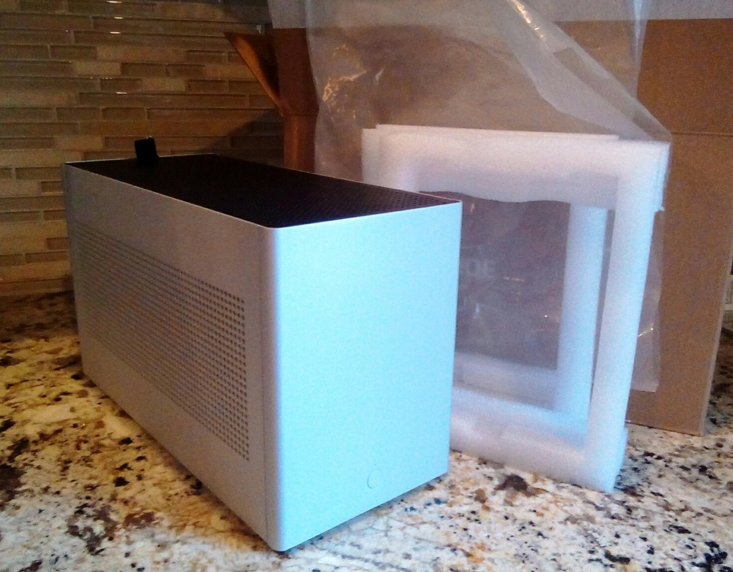 Photo of Louqe Ghost S1 MkII Limestone with Medium TopHat