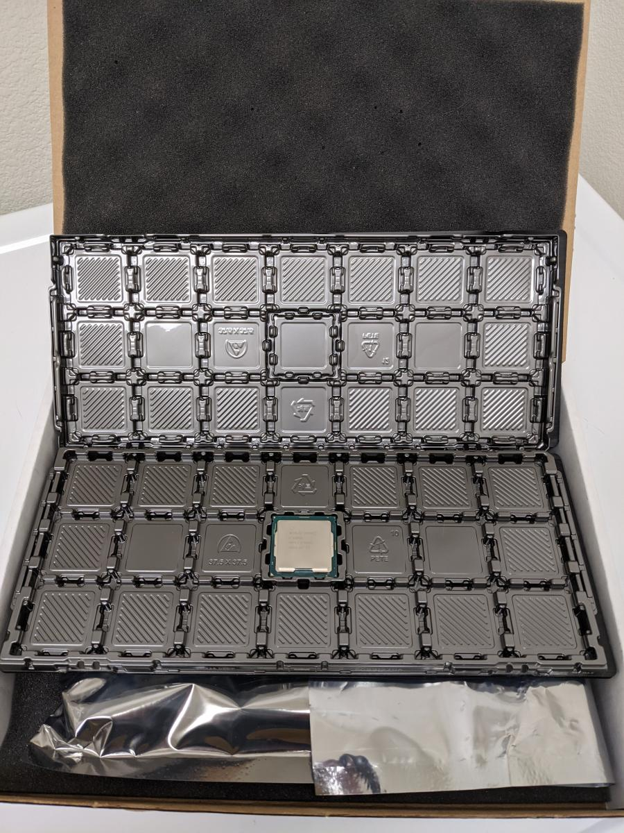 Photo of Intel Xeon E-2288G 3.7GHz 8-Core Processor