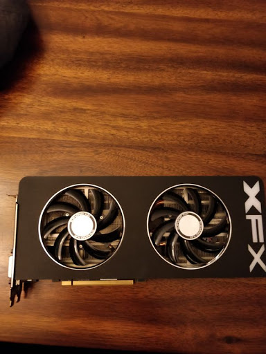 Photo of XFX r9 290x double dissipation