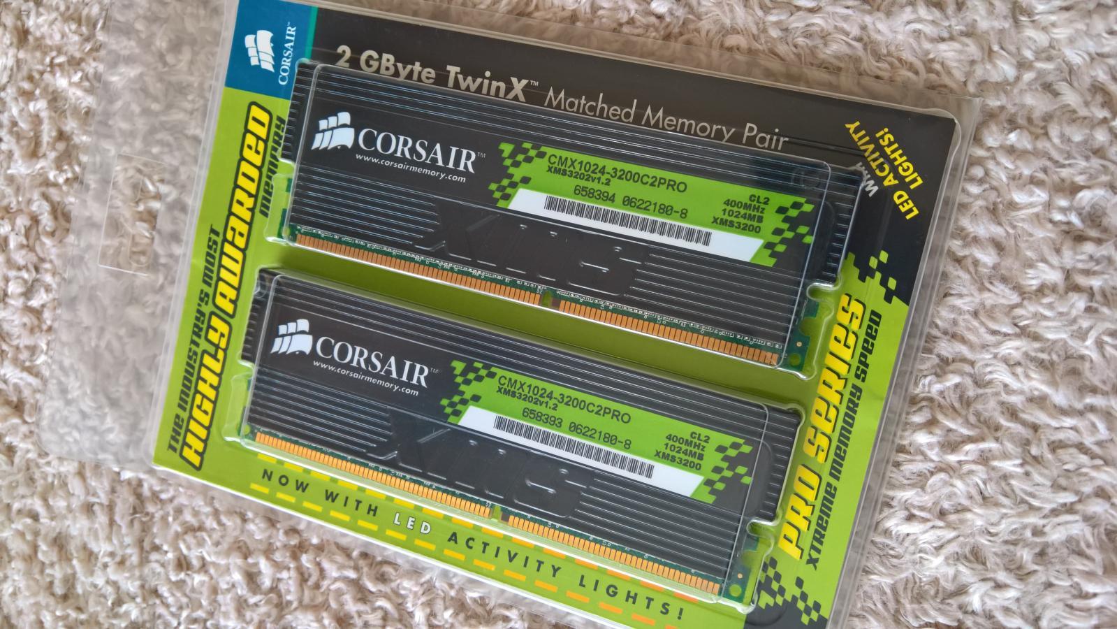 Photo of Corsair Pro Xtreme 2GB CMX1024-3200C2PRO 400MHz XMS3202V1.2