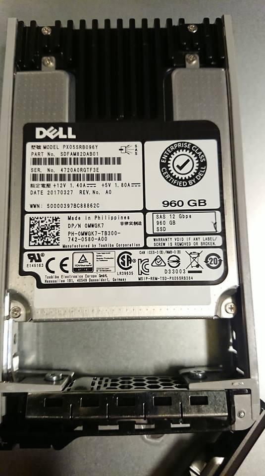 Photo of Toshiba Dell OEM MWGK7 960GB SSD - 12Gb/s 2.5
